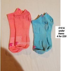 2 pairs of Avia socks blue and orange ankle heel